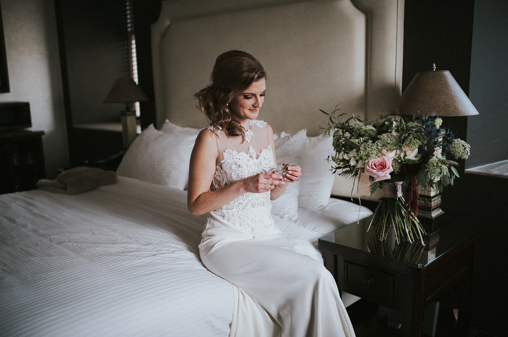 Vancouver natural light wedding photographer