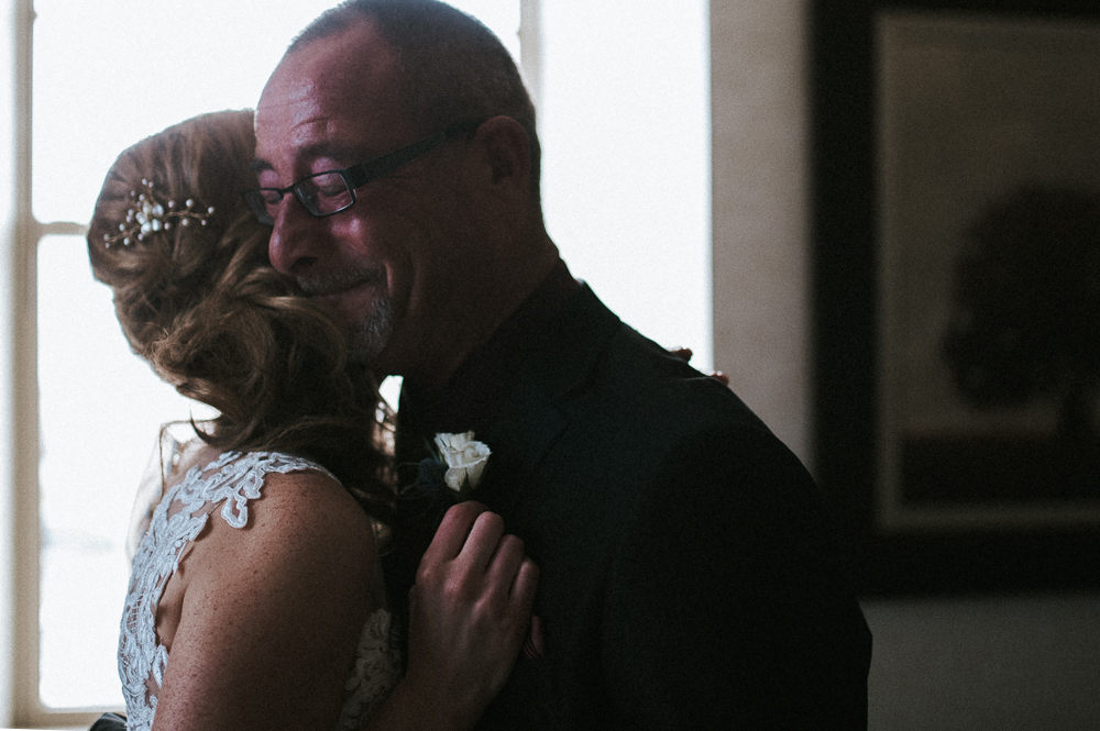 father daughter on the wedding day
