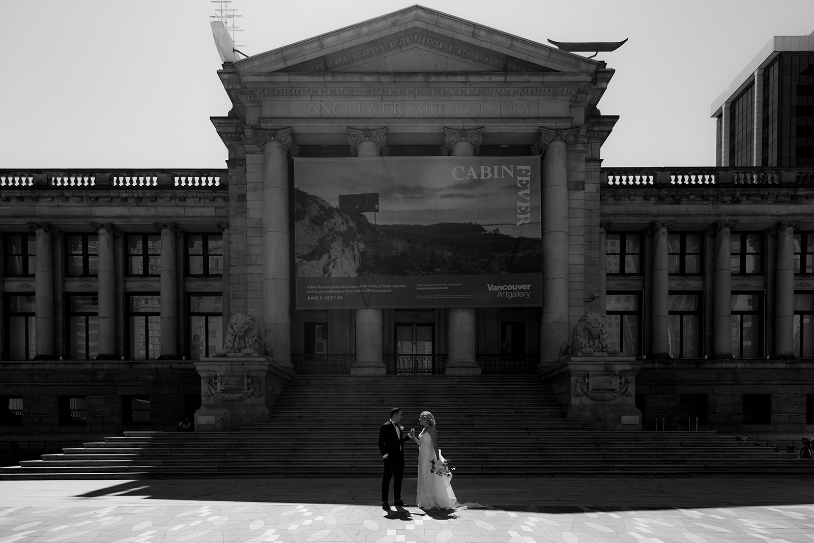 Vancouver Art Gallery wedding photo